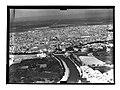 Ifpo 21410 Syrie, gouvernorat de Hama, Hama traversée par l'Oronte, vue aérienne oblique.jpg
