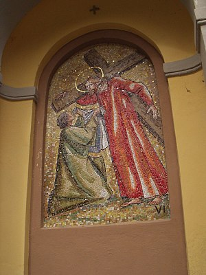 Trento Longaretti - A mosaic of Saint Veronica wiping the face of Jesus, the sixth Station of the Cross, a work by Longaretti installed on the grounds of the Church of San Salvatore in Monasterolo del Castello