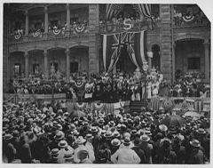 Inauguration of Gov. Sanford B. Dole (PP-36-6-002).jpg
