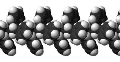 Isotactic-polystyrene-chain-from-xtal-3D-vdW.png