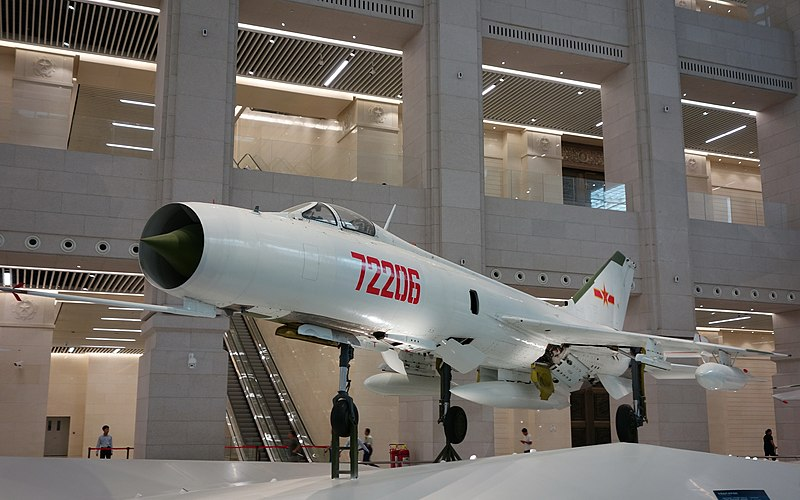 File:J-8E Fighter 20170902.jpg