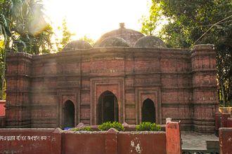 Jhenaidah District - Image: Jhenaidah Pir Pukur Mosque 20Mar 14 IMG 7018
