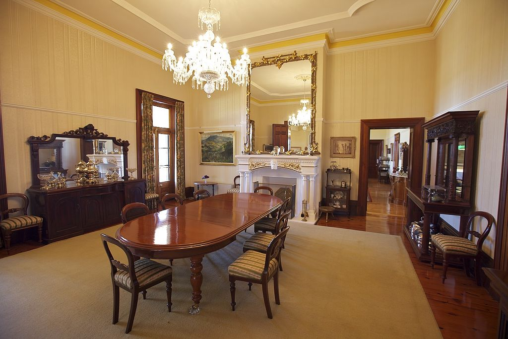 File jimbour house inside dining wikimedia commons - Inside house ...