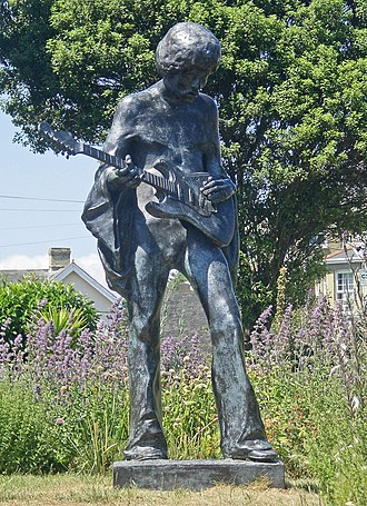 Isle of Wight - Statue of Jimi Hendrix outside Dimbola Lodge