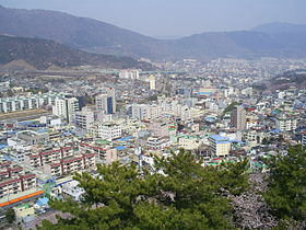 Cityscape of downtown Jinhae, from Jehehwangsan Park
