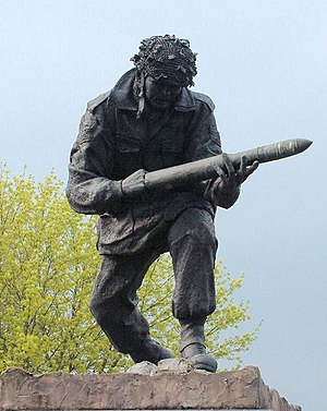English: Statue of John Baskeyfield VC at Fest...