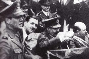 Juan Perón - Lt. Perón (left) and General José Uriburu (middle), with whose right-wing coup in 1930 he collaborated. Perón backed the more moderate General Agustín Justo, however.