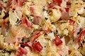 Kartoffel-Blumenkohl-Auflauf mit Schinken (5800362613).jpg