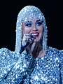 Katy Perry at Madison Square Garden (37436531092) (cropped 1).jpg