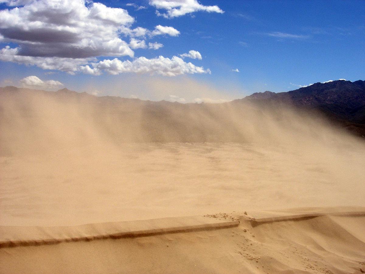for Colore vento di sabbia deserto
