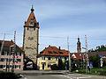Kinzigtor und Turm von St. Marien mit Übergang der Schwarzwaldbahn in Gengenbach.jpg