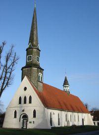 Kirche-Hennstedt.jpg
