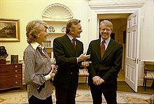 Kirk Douglas insieme all'ex presidente statunitense Jimmy Carter nel 1978