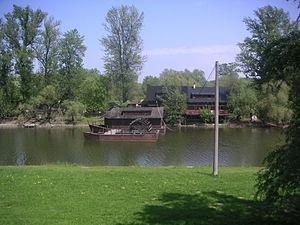 Kolarovo lodny mlyn.JPG