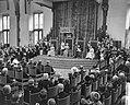 Koningin Juliana leest de troonrede voor in de Ridderzaal, Bestanddeelnr 911-6100.jpg