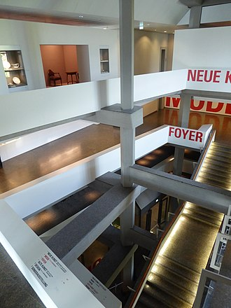 Kunstgewerbemuseum Berlin - Inside the Kunstgewerbemuseum
