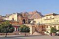 L'entrée du palais (fort d'Amber) (8490831654).jpg