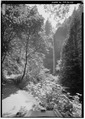 LATOURELL FALLS LOOKING SOUTHWEST ON TRAIL TO BASIN. - Historic Columbia River Highway, Troutdale, Multnomah County, OR HAER ORE,26-TROUT.V,1-25.tif