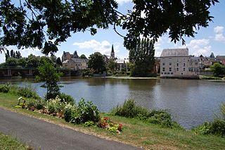 La Suze-sur-Sarthe Commune in Pays de la Loire, France