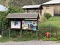 La Chalp (Crévoux) panneau d'affichage et borne incendie.jpg