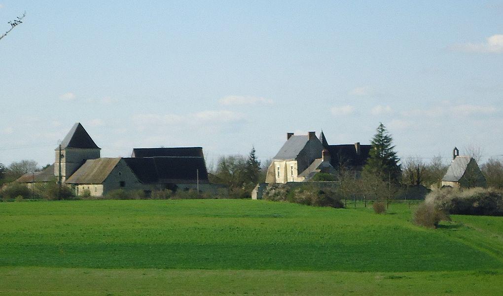 Vue sud-est de l'ensemble seigneurial de Poizieux.