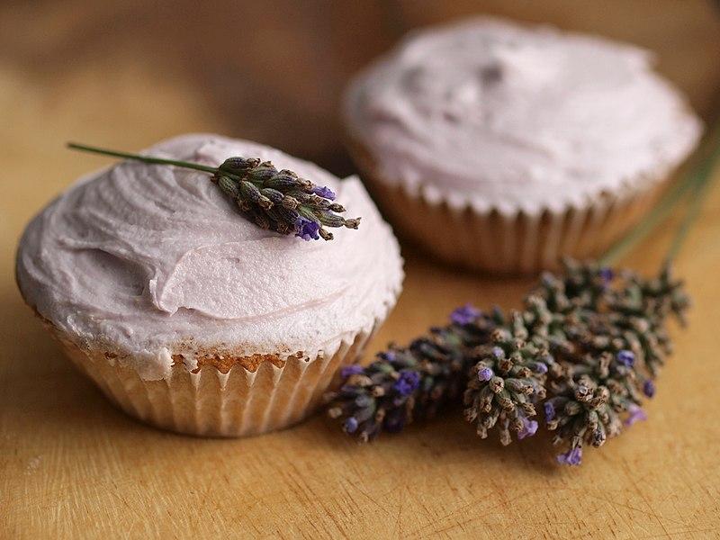 File:Lavender cupcakes.jpg