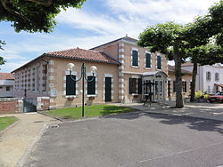 Lesperon (Landes) Mairie.JPG