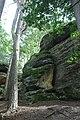 Lhotka, skalní formace u rybníka II.jpg