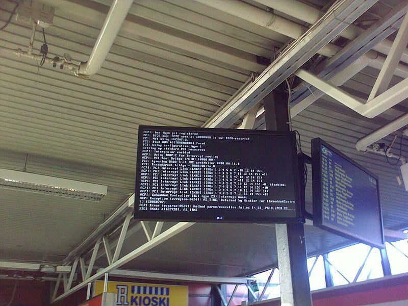 File:Linux transit station Helsinki.jpg