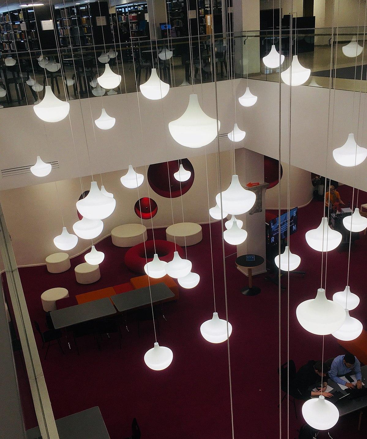 Aalto-yliopiston kirjasto – Wikipedia
