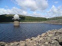 Llyn Celyn dam and tower w.JPG