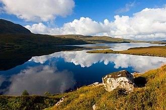 Loch Assynt - Image: Loch Assynt from Cnoc an Lochain Fheoir geograph.org.uk 546799