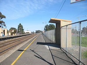 Craigieburn railway station - Image: Looking Along Platform 2