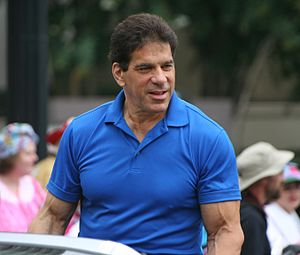 Lou Ferrigno - At 2009 Dragon Con Parade