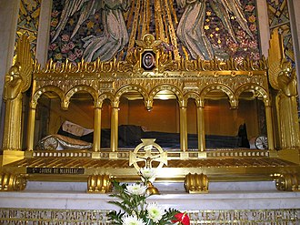 Louise de Marillac - The body of Saint Louise de Marillac in the Chapel of Our Lady of the Miraculous Medal at 140 Rue du Bac, in Paris, France.