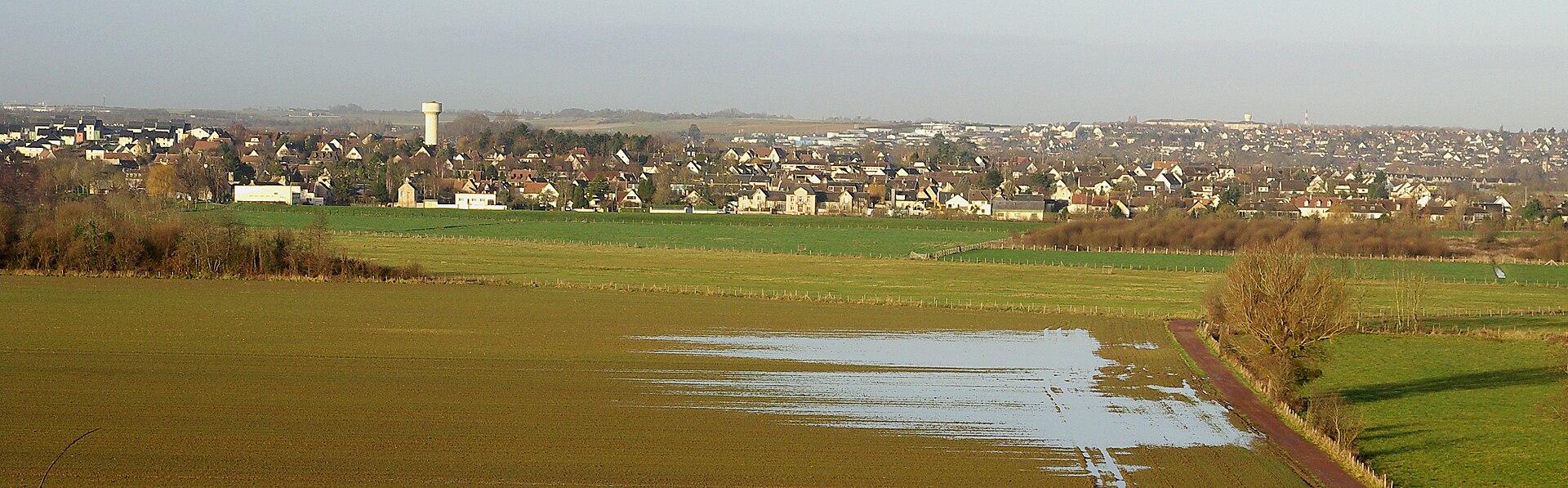 Vue de Louvigny et des maraispris de Fleury-sur-Orne.