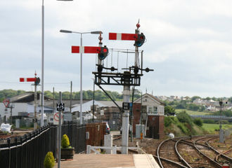 Railway semaphore signal - Lower quadrant stop signals at St. Erth in 2007