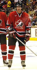 Photographie de Bourdon avec l'équipe du Canada