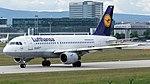 Lufthansa Airbus A319-100 (D-AILK) at Frankfurt Airport (3).jpg