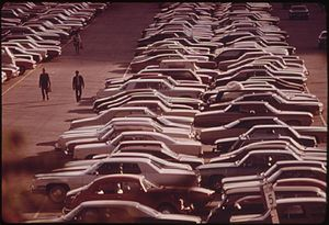 MONROE STREET PARKING LOT IN CHICAGO HOLDS 2,7...