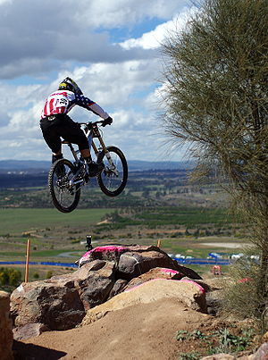 Downhill mountain biking - American Luke Strobel.