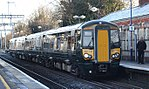 Maidenhead - GWR 387143 Reading service on platform 1.JPG
