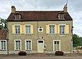 Mairie de Saint-Moré (Yonne) 1.jpg