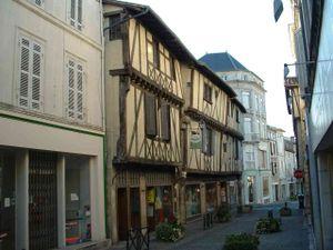 Saint-Jean-d'Angély - Image: Maison à colombage Saint Jean d'Angely