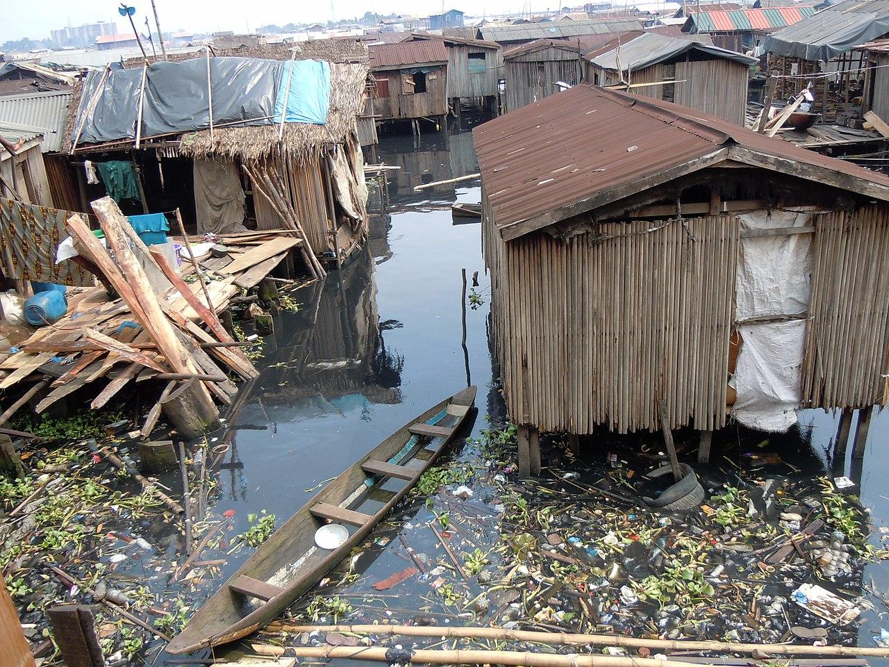 Disaster management floods essay