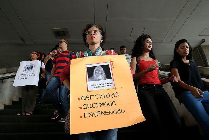 File:Manifestação-contra-feminicídio.jpg