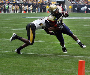 2009 Texas Bowl - Marcus Curry scores a touchdown for Navy in the fourth quarter