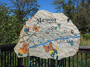 Mariposa Creek - Image: Mariposa Creek Parkway, combined stone art and map
