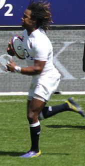 Marland Yarde running with the ball for England