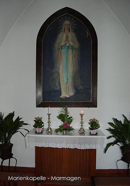 CAPPELLINA PER LA PREGHIERA dans immagini sacre 419px-Marmagen-Marienkapelle_innen